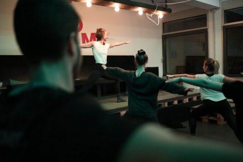 Yoga gegen den Agenturstress